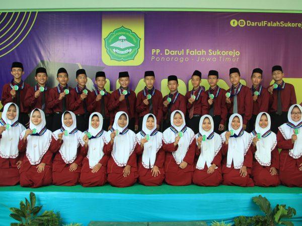 Pelepasan Santri Kelas 6 KMI Pon-Pes Darul Falah