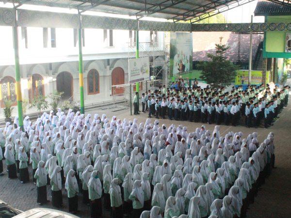 Apel Pembukaan Kegiatan Belajar Mengajar Pondok Pesantren Darul Falah